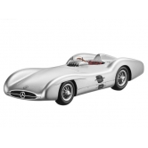 Модель автомобиля Mercedes-Benz 2.5-litre Formula 1 race car, with streamline body, W196, 1954, Scale 1:43 B66040585